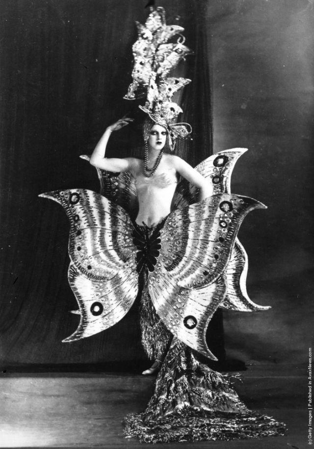 cabaret-dancers-6
